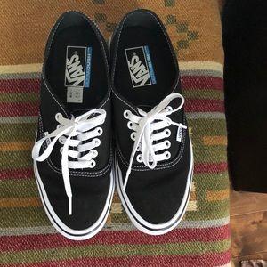 9ff20decfea Vans Shoes - Vans canvas authentic lite. Ultracush lite line.